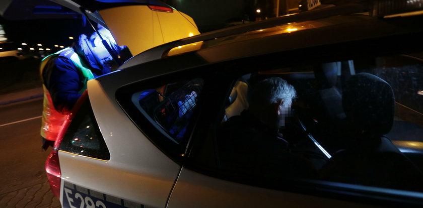 Beznogi kierowca był tak pijany, że zasnął w czasie jazdy