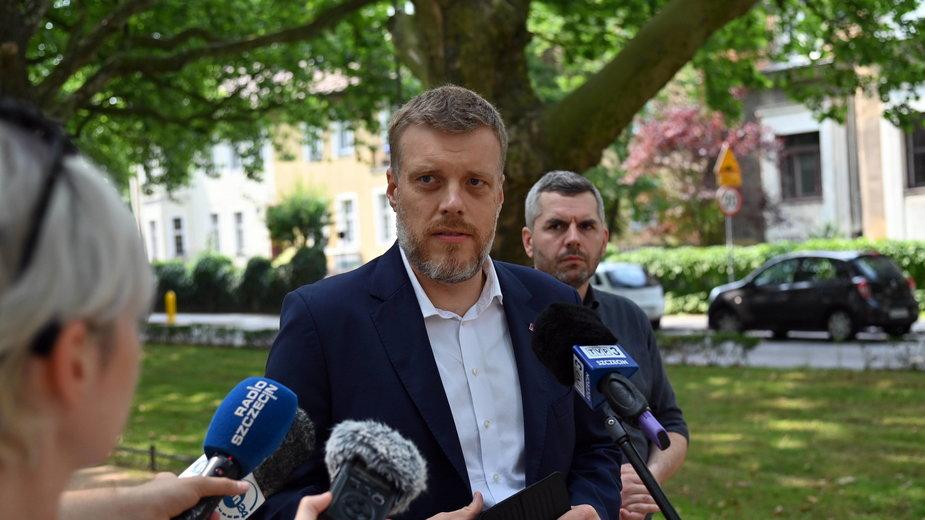 Politycy partii Razem przeciwko budowie nowego stadionu w Opolu