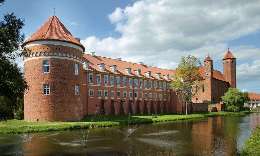 Parlamentarzyści KO wynajęli luksusowy Hotel Krasicki w Lidzbarku Warmińskim