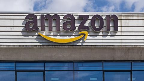 Kryzys wokół Amazona wyrósł z powodu... tweeta firmy. Pracownicy zaczęli pokazywać, że muszą m.in. załatwiać się do butelek.