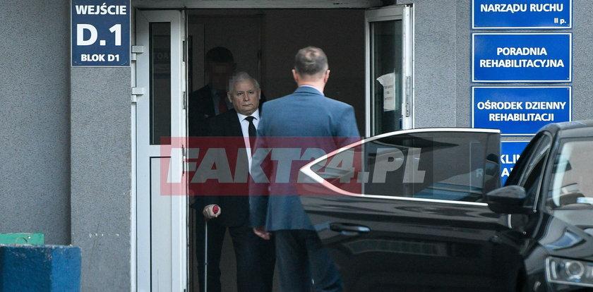 Jarosław Kaczyński uciekł spod noża? Jak wypisał się ze szpitala w sobotę?