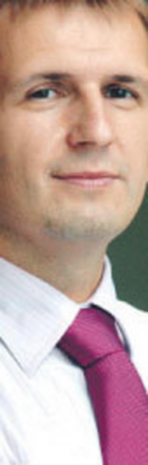 Robert Garncarek, dyrektor pionu zarządzania aktywami, członek zarządu AXA PTE