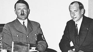 Hitler z szefem polskiego MSZ