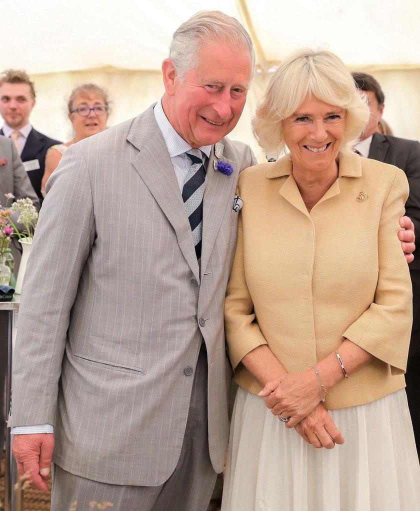 Książę Karol i księżna Kamila świętują 15. rocznicę ślubu