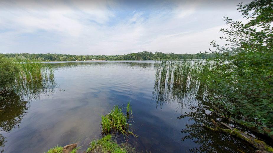 Poznań: nastolatki zostały zaatakowane fizycznie nad jeziorem Rusałka