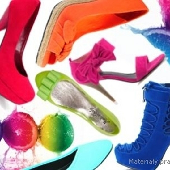 8e464f90c30ca Neon króluje - najmodniejsze buty na wiosnę-lato 2011
