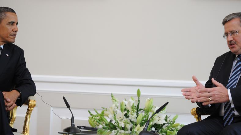 Prezydent RP Bronisław Komorowski (P) i prezydent Stanów Zjednoczonych Barack Obama (L), fot. Jacek Turczyk