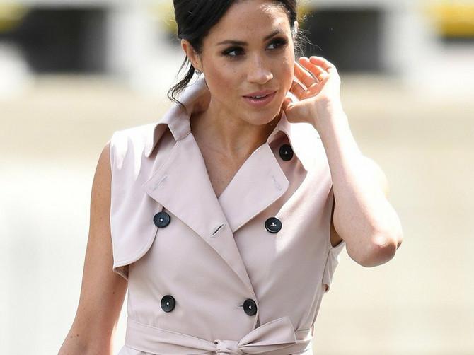Kladimo se da niste primetili da Megan stalno nosi haljine sa jednim BITNIM DETALJEM: I za to ima GENIJALAN RAZLOG