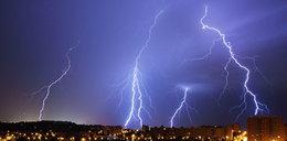 Jak przeżyć burzę? Poradnik Faktu