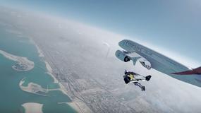 Na zasilanych odrzutowo skrzydłach przelecieli obok największego, pasażerskiego samolotu świata
