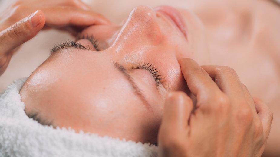 Masaż twarzy (zdj. ilustracyjne)