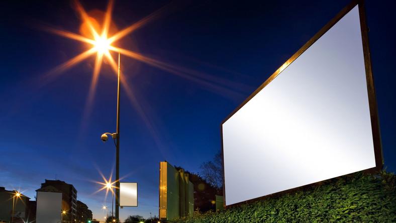 Polityczna wojna na billboardy