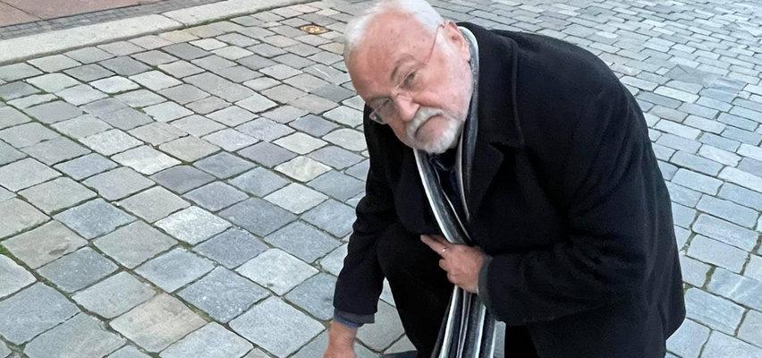 Andrzej Kosmala miał wypadek w trakcie koncertu ku pamięci Krzysztofa Krawczyka. Trafił do szpitala. Jak się czuje?