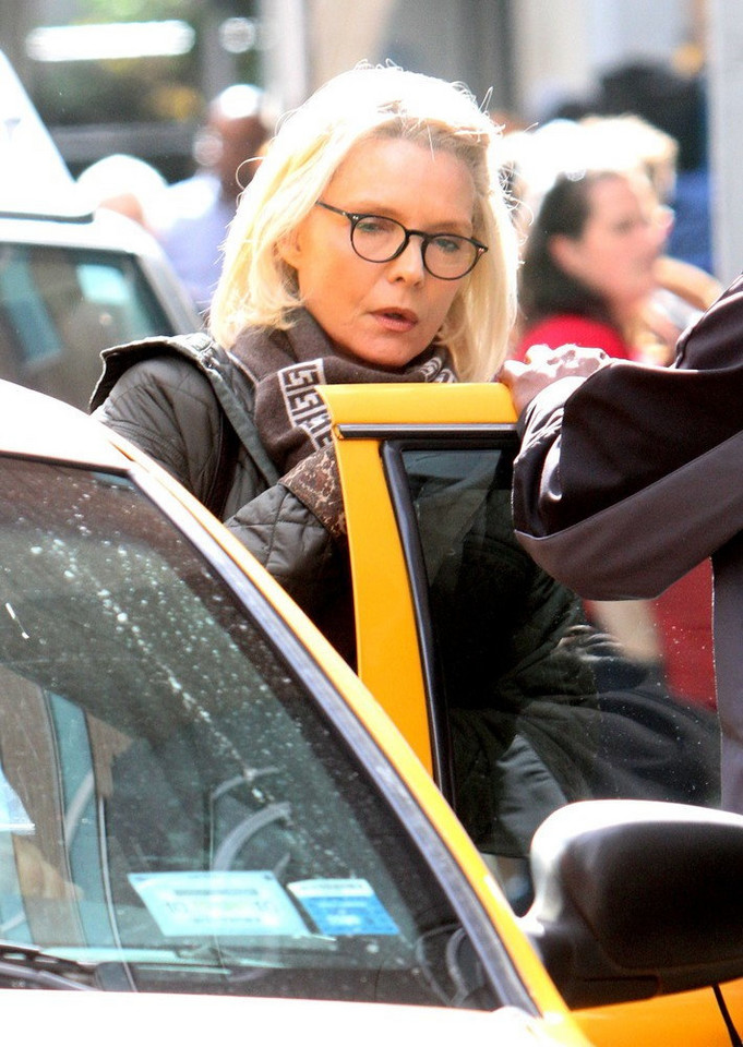 "Michelle Pfeiffer na planie filmu ""The Wizard of Lies"""