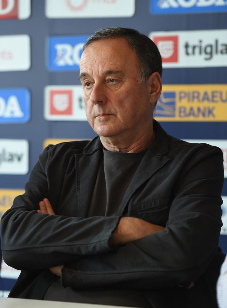 Leon Deleon