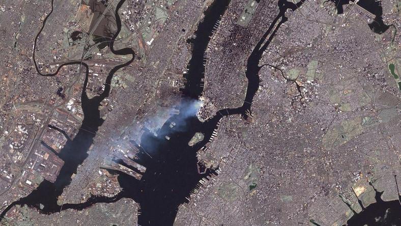 NASA opublikowała fotografie zamachów z 11 września 2001 r. z kosmosu