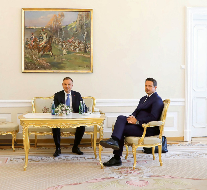 Spotkanie prezydenta Andrzeja Dudy i prezydenta m.st. Warszawy Rafała Trzaskowskiego w Pałacu Prezydenckim.