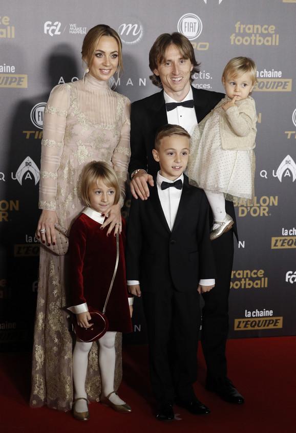 Luka Modrić sa porodicom