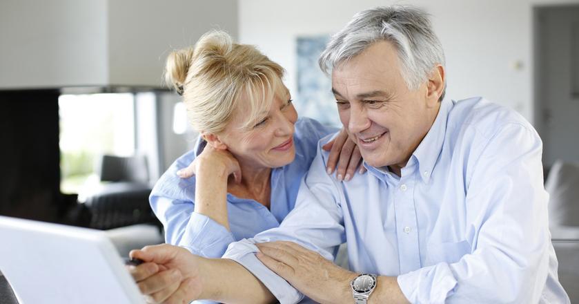PiS obniżył wiek emerytalny do 60 lat dla kobiet i 65 dla mężczyzn