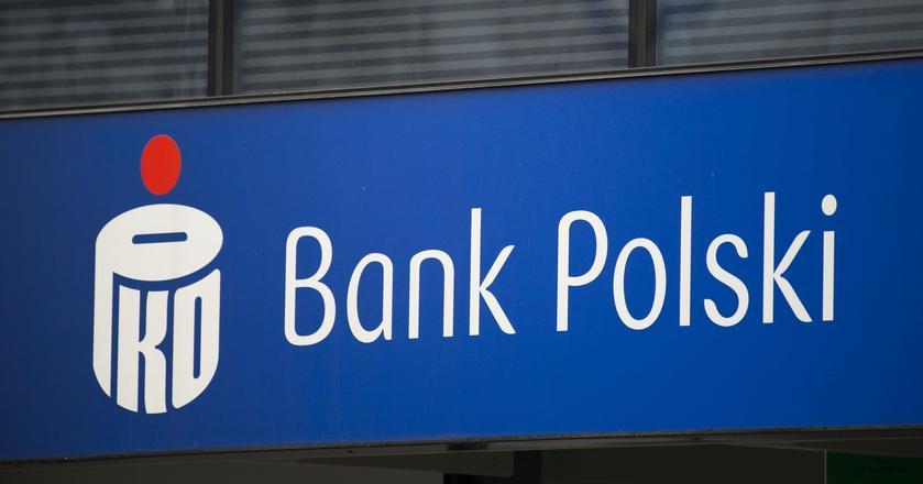 PKO BP uruchamia stanowiska samoobsługowe