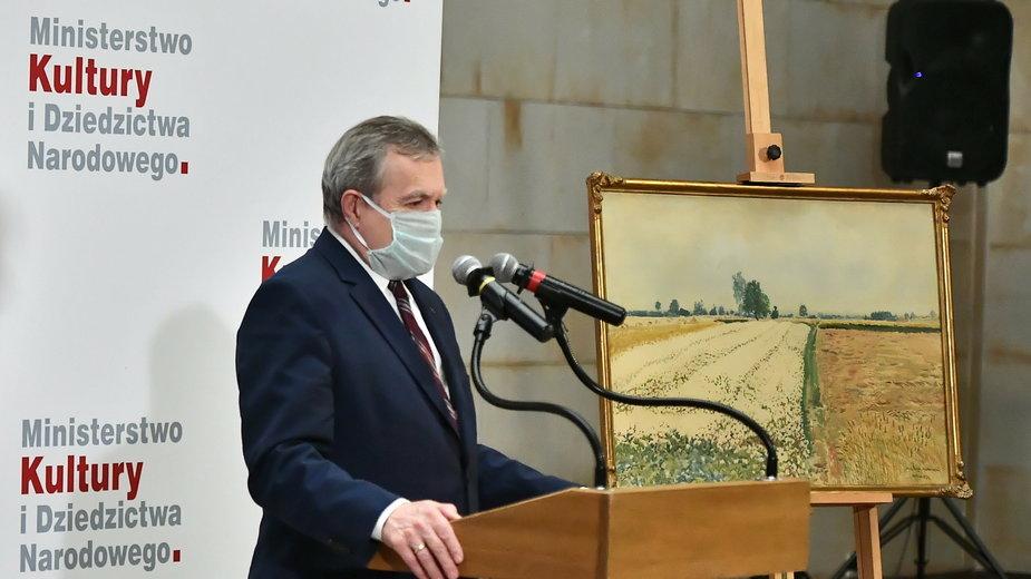 Piotr Gliński podczas uroczystości przekazania dzieła S. Masłowskiego Muzeum Narodowemu w Warszawie