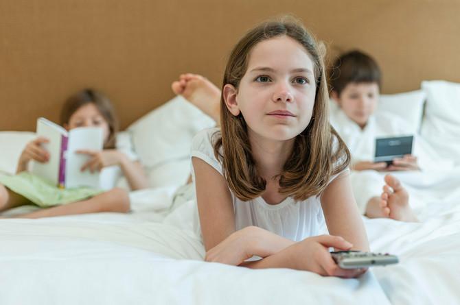 Nema uspavljivanja uz TV i tablet