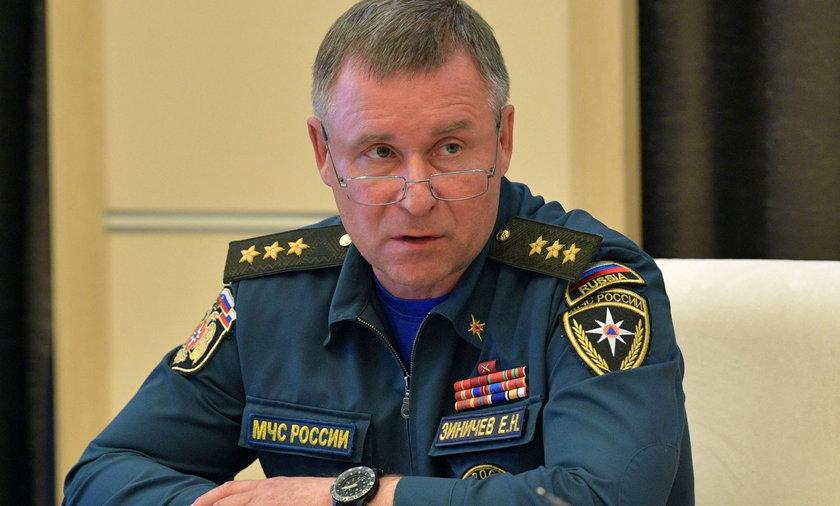 Minister Jewgienij Ziniczew nie żyje. Zginął próbując ratować innego człowieka.