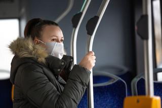 Od soboty więcej osób będzie mogło podróżować transportem publicznym
