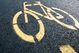 e-Hulajnogi wciąż bez przepisów. Posypią się mandaty na ścieżkach rowerowych?