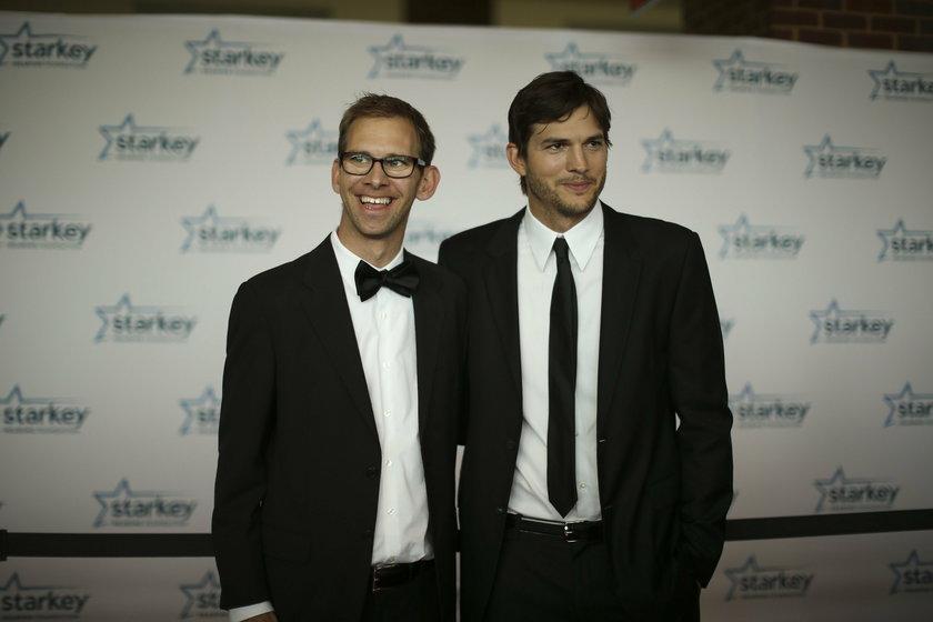 Ashton Kutcher i jego brat bliźniak, Michael Kutcher