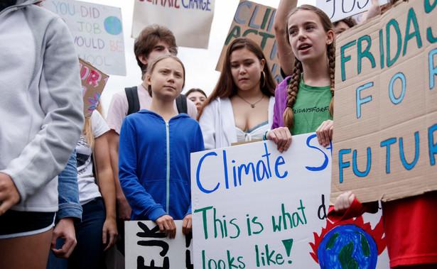 Słowa abp. Marka Jędraszewskiego o ekologizmie mogą wywołać podobne skutki jak deklaracja władz Warszawy o wspieraniu osób LGBT. W obu przypadkach ostry spór nie przyczynia się do poprawy sytuacji, a na podgrzewaniu temperatury kapitał zbijają politycy.