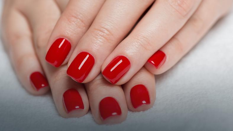 Paznokcie Hybrydowe Na Czym Polega Odporny Manicure Hybrydowy Uroda