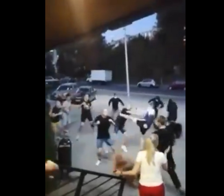 Tuča Navijača Rostova i Lokomotive
