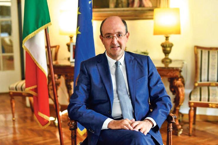 Karlo Lo Kašo, ambasador Italije u Srbiji