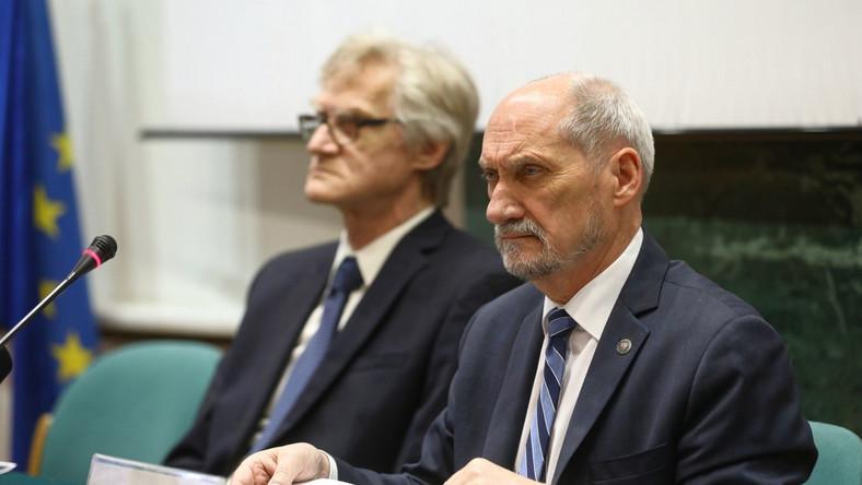 Prof.dr Kazimierz Nowaczyk i Antoni Macierewicz