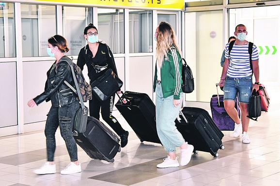 Studenti iz Crne Gore stigli u Beograd