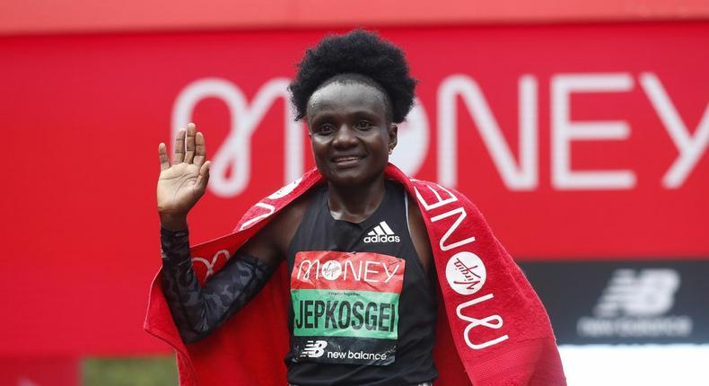 Joyciline Jepkosgei wins women's event at the 2021 London Marathon