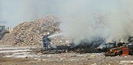 Ogromny pożar w Ostrowie Wlkp. Płonie składowisko odpadów