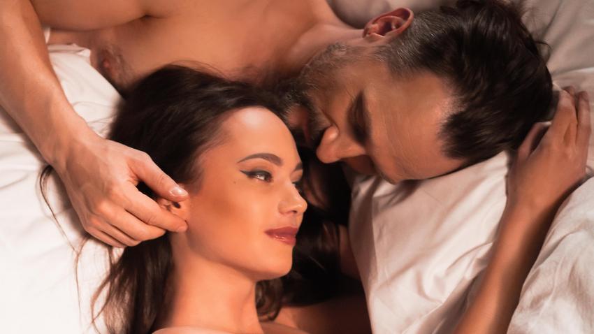 kobiecy orgazm jęczy