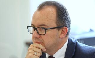 Posiedzenie komisji sprawiedliwości przerwane. Piotrowicz skrytykowany przez organizacje pozarządowe