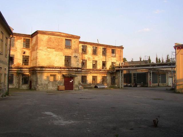 Fabrika u Brnjenecu