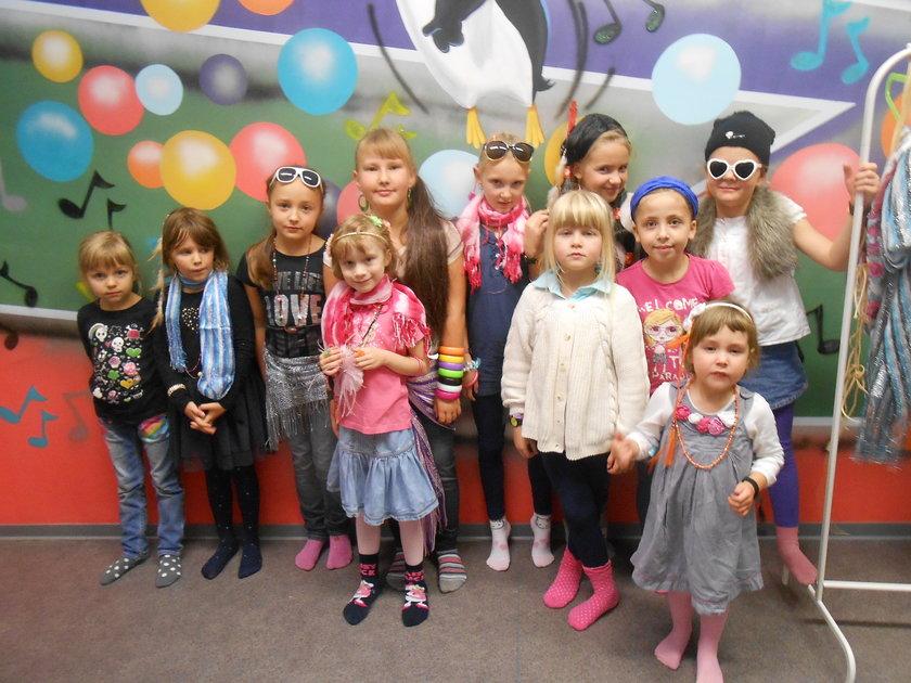 Grupka dzieci