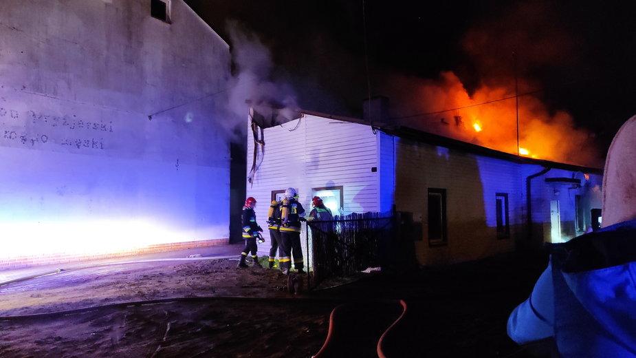 Pożar budynku mieszkalnego przy ulicy Jana Pawła II w Sieradzu