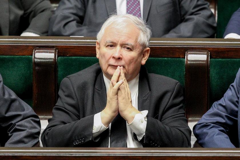 Kaczyński staje na czele ruchu ludowego!