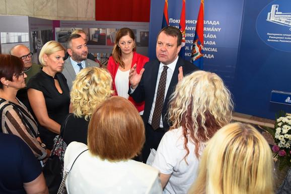 Odgovorićemo na vaše inicijative, poručio je predsednik Mirović okupljenim hraniteljima