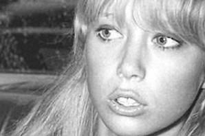 """Prelepa žena kojoj je posvećena pesma """"Lejla"""": Kako je Klepton koristio vudu da PREOTME DEVOJKU Džordžu Harisonu iz """"Bitlsa"""""""