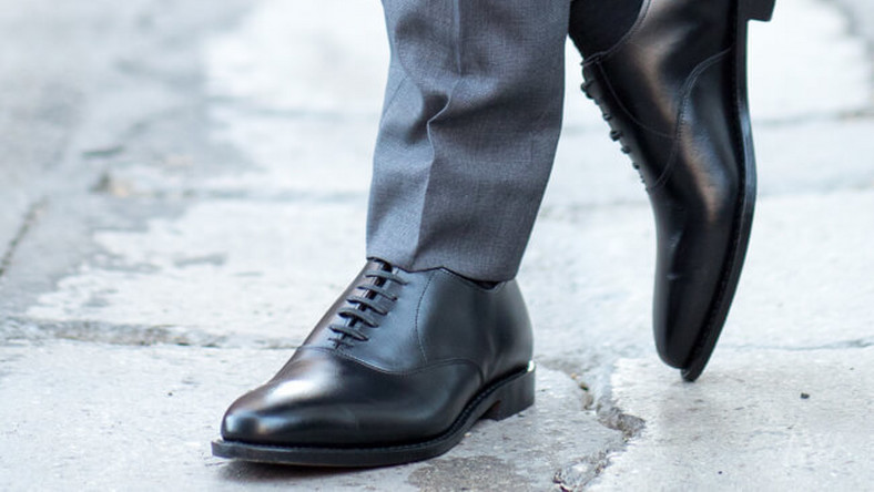 Official shoes for men (Courtesy)