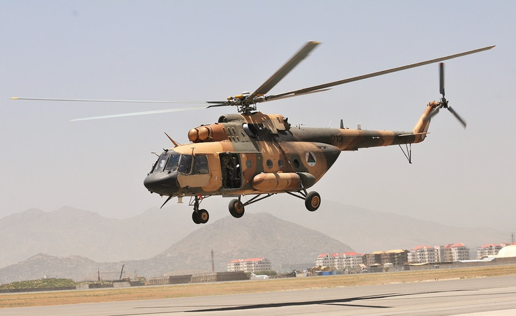 Afghan_Mi-17 foto wikipedia Staff Sgt. Todd Pouliot
