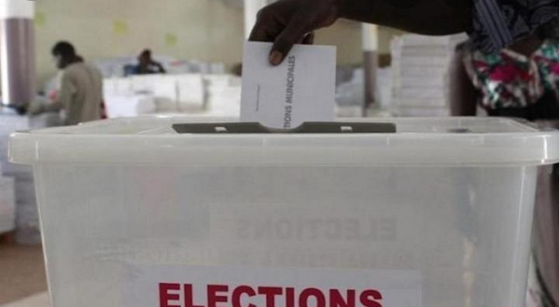 ELECTIONS LOCALES : LE FORUM CIVIL CONTRE TOUT REPORT
