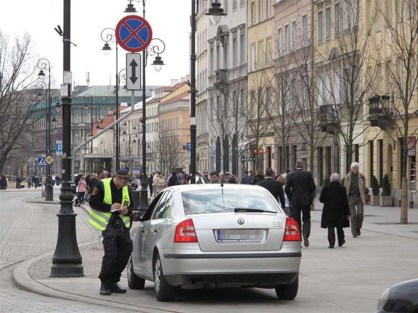 strażnicy, stare miasto, menele